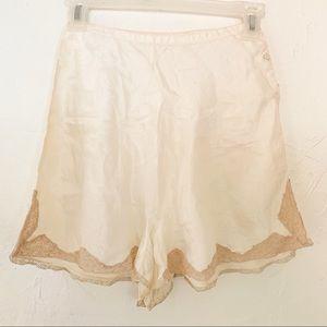 Vintage1940s Silk Lace Trim Tap Pants Undergarment